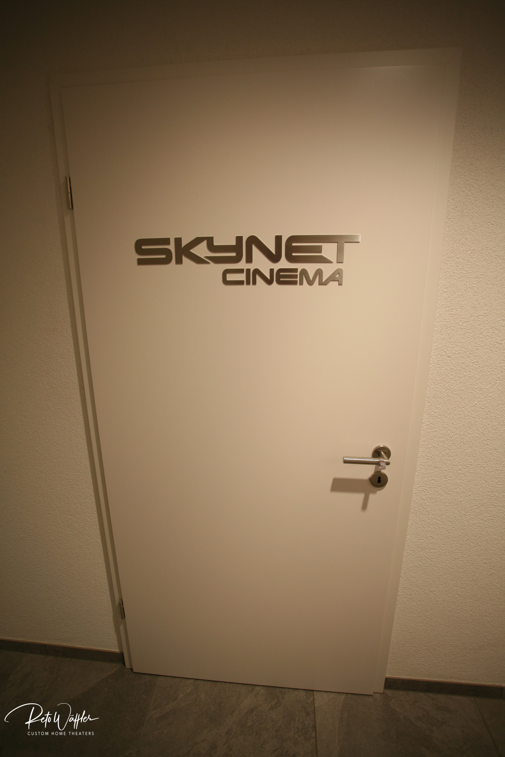 Skynet Cinema, SG